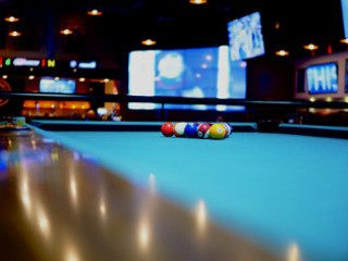 Pool table recovering service in Wichita, Kansas