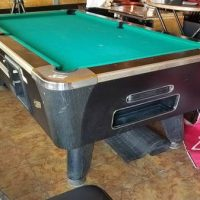 Dynamo 7' Polol Table. Coin Operated